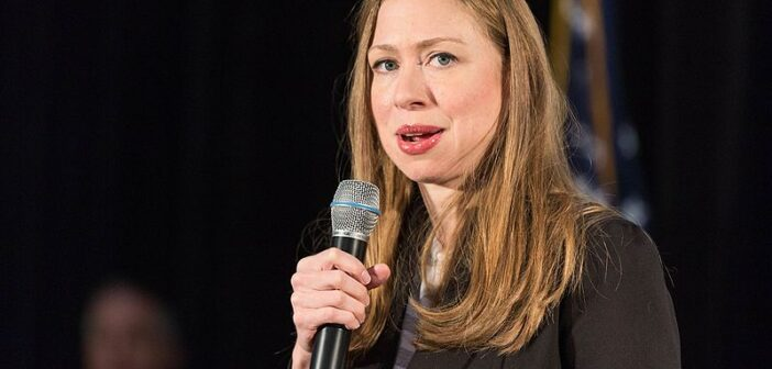 Chelsea_Clinton_by_Lorie_Shaull_06