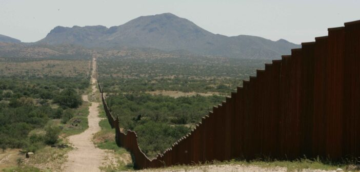 border-wall-mexico-rubio